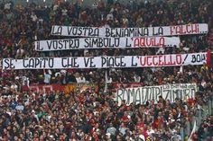 #Striscione dei tifosi romanisti in @officialsslazio-@OfficialASRoma durante il campionato di calcio @SerieA_TIM 2009-2010