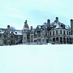 """Seaview Terrace Exterior of Dark Shadows mansion at """"Collinwood"""""""