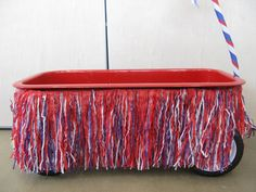 This shaggy fringe transforms our wagon into a mini parade float. - lots of ideas for bike/wagon parade 4th Of July Parade, Fourth Of July, Wagon Floats, Bike Parade, Kids Wagon, Rosie The Riveter, Christmas Minis, July Crafts, Holiday Fun