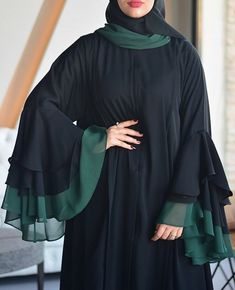 Naqab and latest sleeves partten Niqab Fashion, Modest Fashion Hijab, Muslim Fashion, Abaya Designs Latest, Burqa Designs, Modern Abaya, Hijab Style Tutorial, Hijab Style Dress, Islamic Clothing