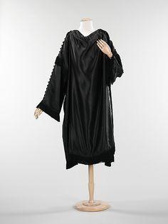 Coat, Evening  Paul Poiret  (French, Paris 1879–1944 Paris)  Date: spring/summer 1917