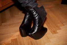 Mert otsamo cool shoes