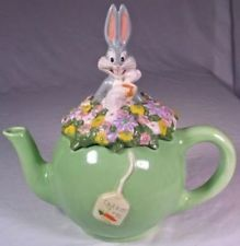 Warner Brothers 1998 Bugs Bunny Carrot Time Teapot