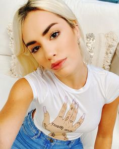 Selfies, Instagram, V Neck, T Shirts For Women, Black, Girls, Fashion, Ballerina Painting, Tumblr Clothes