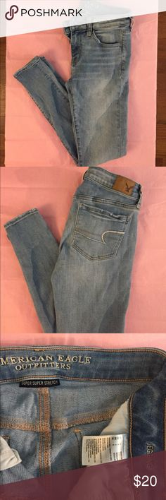 American Eagle Jeans Light Wash American Eagle Jeggings. Size 4 Regular. Only worn twice. American Eagle Outfitters Jeans