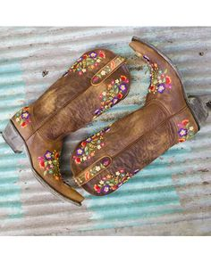 Old Gringo Women's Sora Boot - Brass/Multi  http://www.countryoutfitter.com/products/26842-womens-sora-boot-brass-multi #westernboots