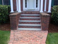 Ideas House Front Steps Yards For 2019 Patio Steps, Brick Steps, Garden Steps, Front Porch Steps, Front Stairs, Front Walkway, Front Porches, Front Deck, Brick Porch