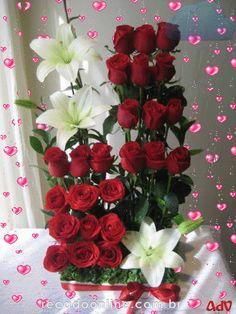 Beautiful flowers and arrangement Tropical Floral Arrangements, Unique Flower Arrangements, Flower Centerpieces, Flower Decorations, Wonderful Flowers, Unique Flowers, Exotic Flowers, Beautiful Roses, Ikebana