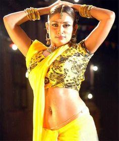 South Indian Actress Navel Show Photos Indian Actress Pics, South Indian Actress Hot, South Indian Film, Indian Actresses, South Actress, Actress Photos, Indian Bikini Models, Indian Navel, Actress Navel