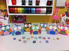 Craft area at an Owl Party #owl #partyactivity
