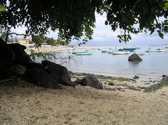 <meta content='  Self catering accommodation Mauritius tours excursions and sightseeing contains a wide range of important and ' name='description'/>