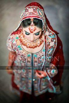 Irfan-Ahson-Pakistani-Wedding-Bridal-Outfit-141 width=