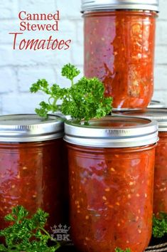 Canned Stewed Tomatoes - A great base to any pasta sauce, soup or stew; Canned Stewed Tomatoes is an inventive way to jazz up baked chicken or broiled seafood! Canned Stewed Tomatoes, Stewed Tomato Recipes, Baked Chicken, Chicken Recipes, Water Bath Canning, Canning Recipes, Easy Canning, Canning Tips, Food Shows