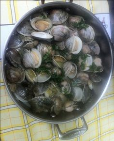 Clams and sausage in a cataplana recipe clams portuguese and simple and easy portuguese clams in garlic easy portuguese recipes forumfinder Gallery
