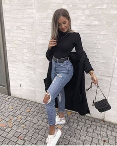 "962 aprecieri, 8 comentarii - FASHION & TRENDS MAGAZINE (@trendyontime) pe Instagram: ""1, 2 or 3? 😍 #outfits Credit: unknown"" Pretty Outfits, Mom Jeans, That Look, Stylish, Instagram, Fashion Tips, Fashion Coat, Pants, How To Wear"
