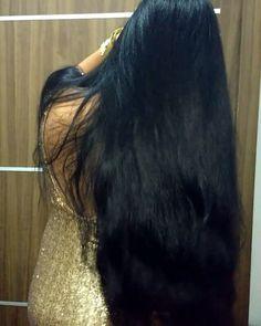 Beautiful Women with Super Long Hair - Bing Cool Braid Hairstyles, Loose Hairstyles, Long Indian Hair, Long Dark Hair, Thick Hair, Wavy Hair, Medium Hair Styles, Long Hair Styles, Long Hair Models