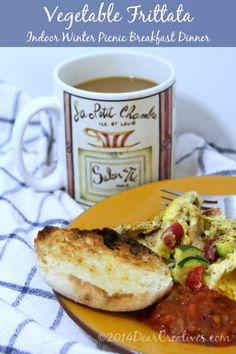 Meal Plan Monday: Indoor Dinner Picnic with Frittata Breakfast Picnic, Breakfast Frittata, Easy Dinner Recipes, Easy Meals, Growing Winter Vegetables, Vegetable Frittata, Frittata Recipes, How To Cook Eggs, Light Recipes