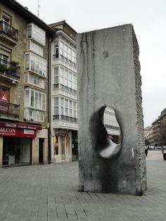 """""""El coño"""" de Agustín Ibarrola (Vitoria)"""