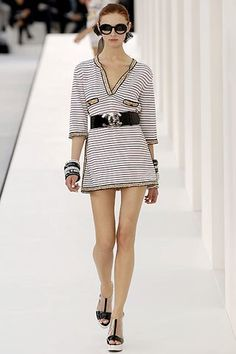 Chanel Spring 2007 Ready-to-Wear Fashion Show Collection