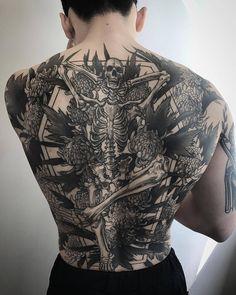 tattoos for men designs Full Tattoo, Dark Tattoo, Tattoo Time, Tattoo Black, Back Tattoos For Guys, Full Back Tattoos, Body Art Tattoos, Sleeve Tattoos, Portrait Tattoos