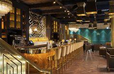 """Le + Inca : Le Manko. Au Manko - hommage """"vivant"""" à Manco Càpac, le premier empereur du peuple Inca à Cuzco selon certains - on boit du Pisco. Une eau de vie de raisin originaire du Pérou. Installez vous confortablement au bar de cette ancienne salle des ventes, au 15 avenue Montaigne dans le VIIIe arrondissement de Paris. Laissez-vous guider par le barman. Buvez le tel quel ou choisissez un des nombreux cocktails à la carte."""