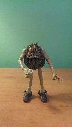 Yuzzum, one of Jabba's henchmen