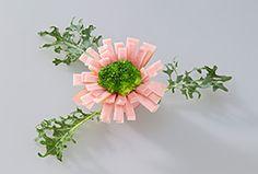 日本ハム | ウインナーの飾り切り - たんぽぽ