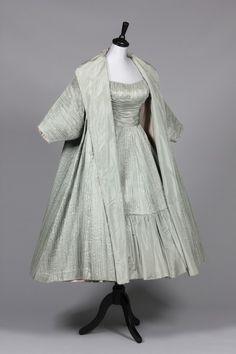 ~Ceil Chapman 1950s mint-green taffeta evening gown with matching coat~ ❤❦♪♫