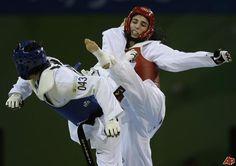 hwang kyung seon's spinning kick