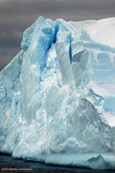 Antarctica                                                       Mountain World