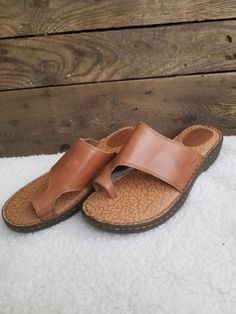 7c886c974a70 BOC Born Concepts Womens Brown Leather Wedge Sandals New size 8  fashion   clothing
