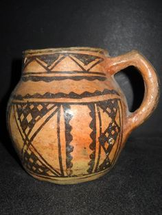 ANCIENNE POTERIE TERRE CUITE BERBERE KABYLE ARABE JARRE Handmade Pottery, Cups, Traditional, History, Glass, Islamic Art, Terracotta, Pottery, Handmade Ceramic