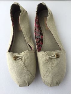 Women's Ballet Flat Shoes Vegan Mad Love Gray Canvas Size 9 New #MadLove #LoafersMoccasins