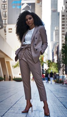 Suit for Work, White Collar Glam, NYC street style, Black attorneys, business suit, tan suit, beige suit, brown slingbacks, slingback heels, business formal, professional suit, pantsuit, pantsuit nation, work suits, black professionals, interview suit, mixed girl hair, natural hair, professional photography, Zara blouse, New York street style, cute office outfit, work fashion blog, green wool coat, interview outfit, neutral tone outfit