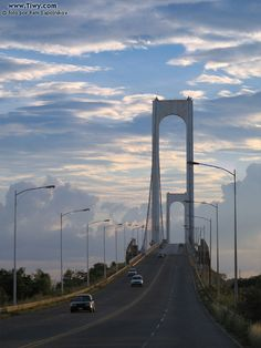 Puente Angostura,sobre el Rio Orinoco Ciudad Bolivar, Venezuela.