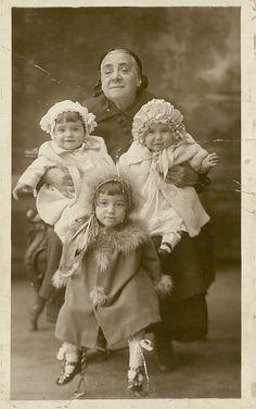1928 Eustathion family - photo collection