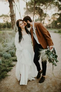 This wedding inspiration in the Portuguese countryside is the hippest thing | Image by a Golden Days Photography