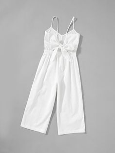 To find out about the Girls Button Up Front Cami Jumpsuit at SHEIN, part of our latest Girls Jumpsuits ready to shop online today! Girls Fashion Clothes, Teen Fashion Outfits, Girl Fashion, Girls Frock Design, Kids Frocks Design, Dresses Kids Girl, Kids Outfits Girls, Cute Lazy Outfits, Pretty Outfits