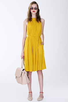 I found this in the #SpringStyleGuide. It has spring trends for every occasion: work, weekend casual and night out! #SpringFashion #FashionTrends #2015