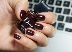 The Beauty Look Book: Dior Vernis Nuit 1947 #970 nail polish