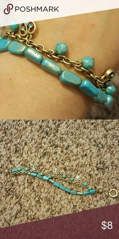 Turquoise and gold bracelet Super cute bracelet, barely worn. Like new. One size. Forever 21 Jewelry Bracelets