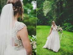 tealephotography.net Nashville wedding photography  North Carolina Wedding Old Edwards Inn Wedding  Elegant Rainy Day Wedding Wild flower bouquet Glamor Wedding dress