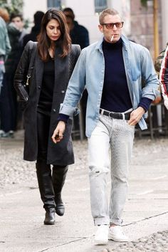 Lapo Elkann: 40 anni in 50 look Lapo Elkann, Preppy Style, Blazer Suit, Style Icons, Outfit Of The Day, Bomber Jacket, Men Casual, Mens Fashion, Denim
