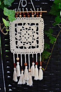 Crochet Wall Art, Crochet Wall Hangings, Crochet Motif, Crochet Stitches, Knit Crochet, Crochet Patterns, Macrame Patterns, Crochet Decoration, Crochet Home Decor