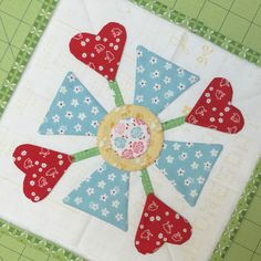 Bloom Sew Along Block 9 featuring Lori Holt's Calico Days fabric collection #iloverileyblake #fabricismyfun