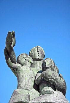 Monumento ao Emigrante - Sul - Portugal, via Flickr.