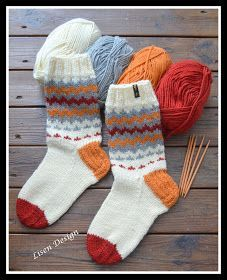 Fair Isle Knitting Patterns, Knitting Charts, Knitting Socks, Knit Patterns, Hand Knitting, Knit Socks, Crochet Slippers, Knit Crochet, Wooly Bully