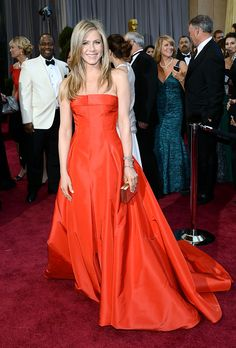 Jennifer Aniston Red Carpet Oscares 2013