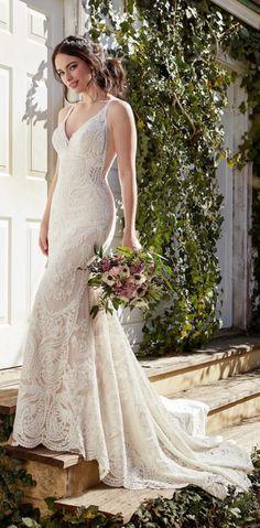 Courtesy of Martina Liana wedding dress