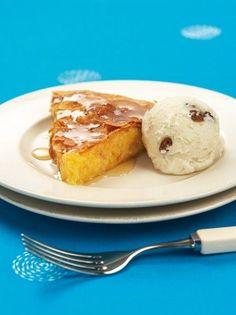 Κολοκυθόπιτα σιροπιαστή - www.olivemagazine.gr Greek Sweets, Greek Beauty, Greek Recipes, French Toast, Lemon, Pumpkin, Breakfast, Desserts, Food